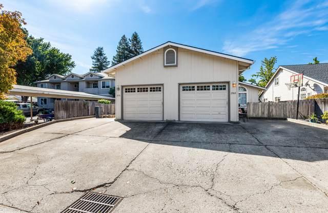2968-2970 Stacie Way, Medford, OR 97504 (MLS #220133565) :: Chris Scott, Central Oregon Valley Brokers