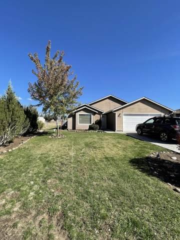 7327 Boyd Place, Klamath Falls, OR 97603 (MLS #220133580) :: Chris Scott, Central Oregon Valley Brokers