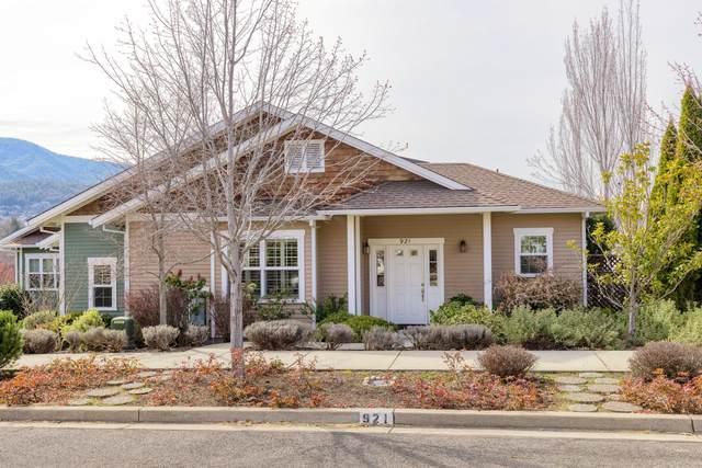 921 Patton Lane, Ashland, OR 97520 (MLS #220133650) :: Bend Homes Now