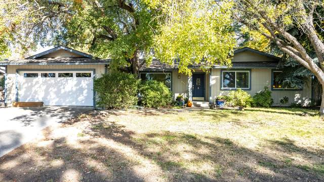 2607 Fijian Way, Medford, OR 97504 (MLS #220133711) :: Bend Relo at Fred Real Estate Group