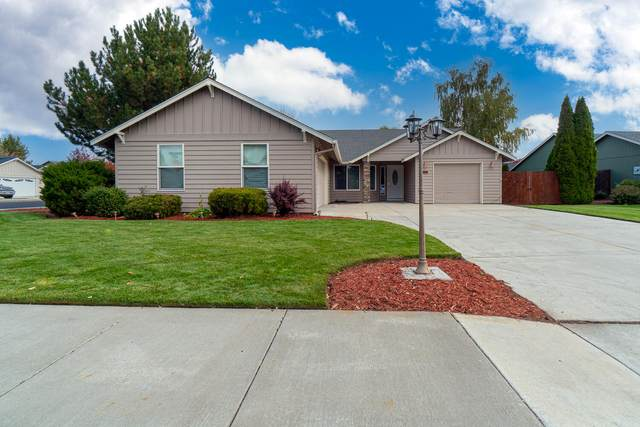 2130 NW 21st Court, Redmond, OR 97756 (MLS #220133754) :: Bend Homes Now