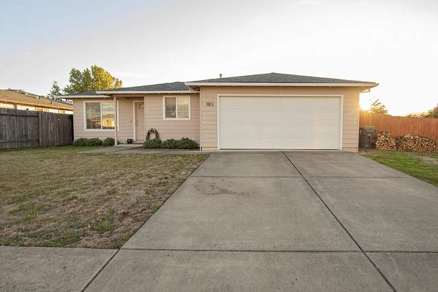 1183 Glengrove Avenue, Central Point, OR 97502 (MLS #220133755) :: FORD REAL ESTATE