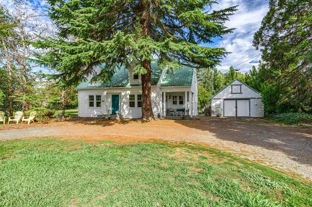 2554 Redwood Avenue, Grants Pass, OR 97527 (MLS #220133761) :: Coldwell Banker Sun Country Realty, Inc.