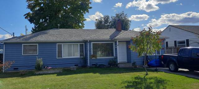 1309 Winchester Avenue, Medford, OR 97501 (MLS #220133767) :: The Ladd Group