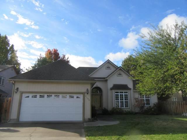 5102 Villa Drive, Klamath Falls, OR 97603 (MLS #220133800) :: Vianet Realty