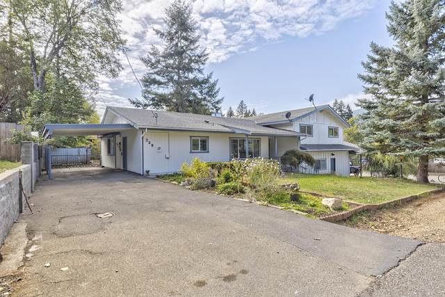 328 W Millie Street, Cave Junction, OR 97523 (MLS #220133809) :: FORD REAL ESTATE