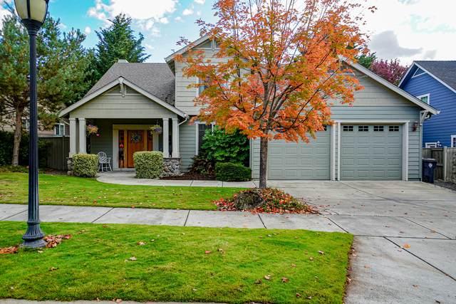 3628 Calle Vista Drive, Medford, OR 97504 (MLS #220133828) :: Central Oregon Home Pros