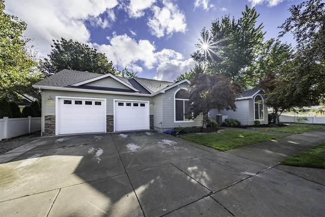 402 Oakley Street, Central Point, OR 97502 (MLS #220133865) :: FORD REAL ESTATE