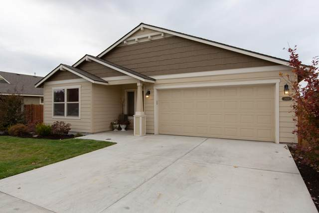 2619 NW Elm Avenue, Redmond, OR 97756 (MLS #220133886) :: Chris Scott, Central Oregon Valley Brokers