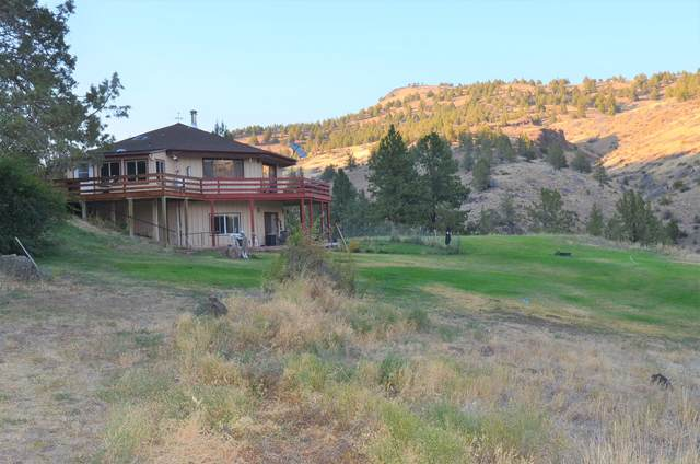 20480 Hwy 395 North, Mount Vernon, OR 97865 (MLS #220133888) :: Premiere Property Group, LLC