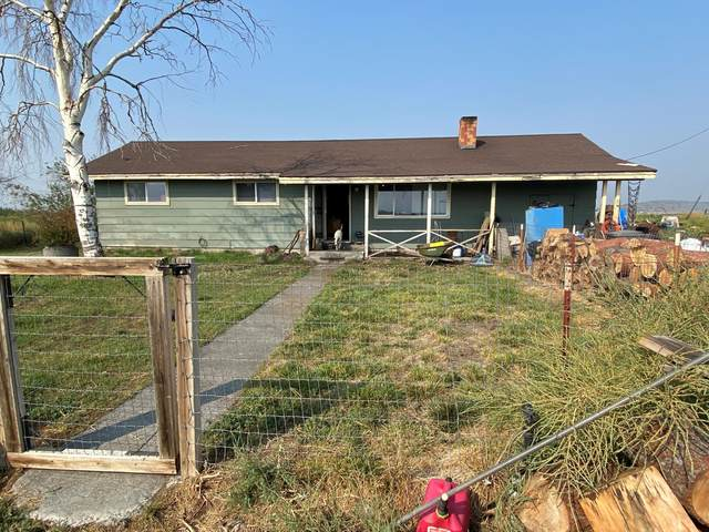 23810 Gaines Road, Merrill, OR 97633 (MLS #220133908) :: Vianet Realty