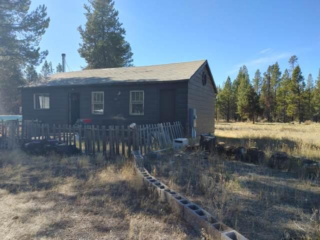52685 Pine Drive, La Pine, OR 97739 (MLS #220133943) :: Bend Homes Now