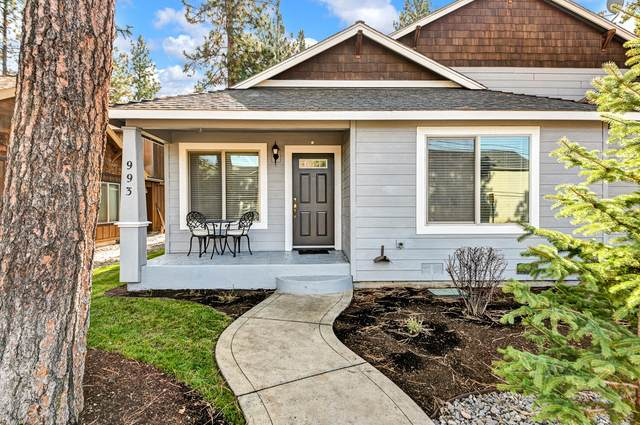 993 E Cascade Avenue, Sisters, OR 97759 (MLS #220133985) :: The Ladd Group