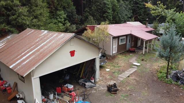 352 Red Blanket Road, Prospect, OR 97536 (MLS #220134000) :: Berkshire Hathaway HomeServices Northwest Real Estate