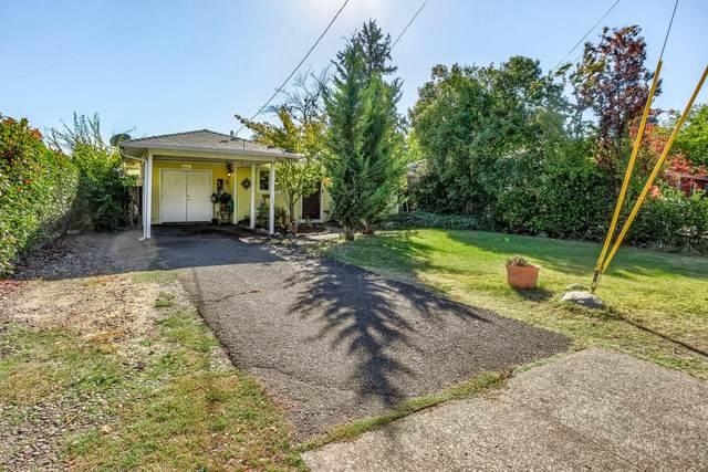 1545 Dakota Avenue, Medford, OR 97504 (MLS #220134010) :: Chris Scott, Central Oregon Valley Brokers