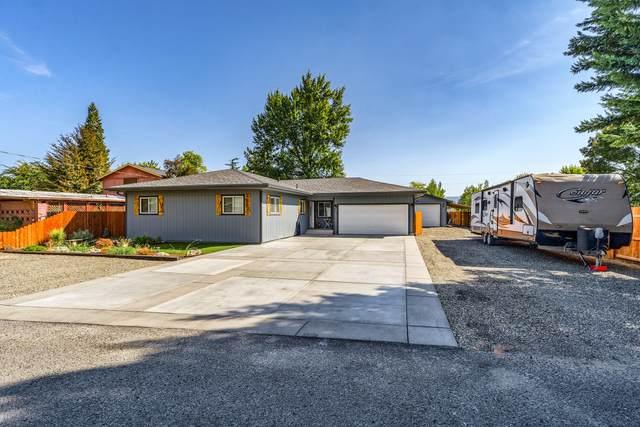 1004 Barlynn Street, Medford, OR 97501 (MLS #220134014) :: Chris Scott, Central Oregon Valley Brokers