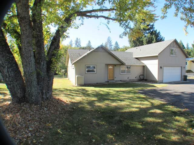 1994 2nd Avenue, Gold Hill, OR 97525 (MLS #220134027) :: FORD REAL ESTATE