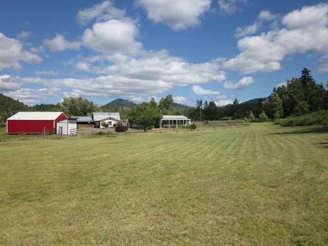 150 Redlands Drive, Grants Pass, OR 97527 (MLS #220134103) :: Vianet Realty