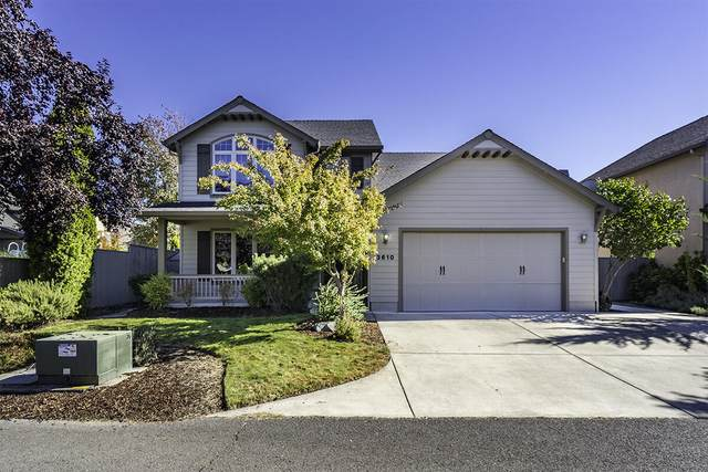 3610 Calle Vista Drive, Medford, OR 97504 (MLS #220134132) :: The Ladd Group