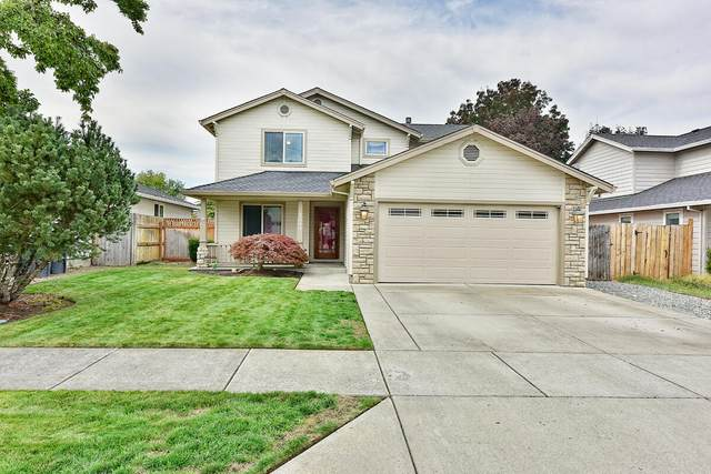 3044 Gary Drive, Medford, OR 97504 (MLS #220134138) :: The Ladd Group