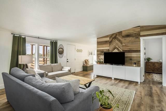 12563 SE Davis Loop, Prineville, OR 97754 (MLS #220134168) :: Berkshire Hathaway HomeServices Northwest Real Estate