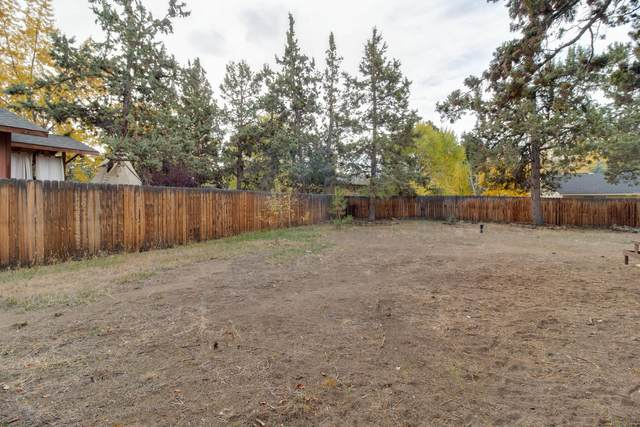 1669 NE Canyon Park Drive, Bend, OR 97701 (MLS #220134187) :: Bend Homes Now