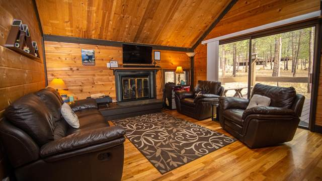 57328-28 Pole House Lane #28, Sunriver, OR 97707 (MLS #220134196) :: Bend Homes Now