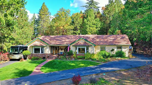 340 Laine Court, Grants Pass, OR 97527 (MLS #220134246) :: Vianet Realty