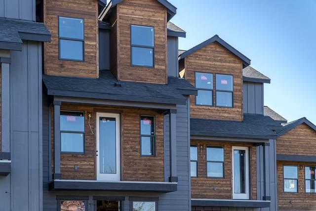 63103 Boyd Acres Road, Bend, OR 97701 (MLS #220134259) :: Central Oregon Home Pros