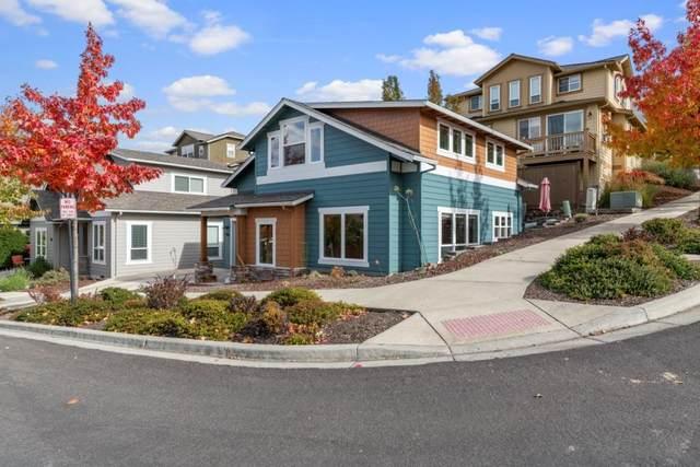 946 Stoneridge Avenue, Ashland, OR 97520 (MLS #220134288) :: Bend Homes Now