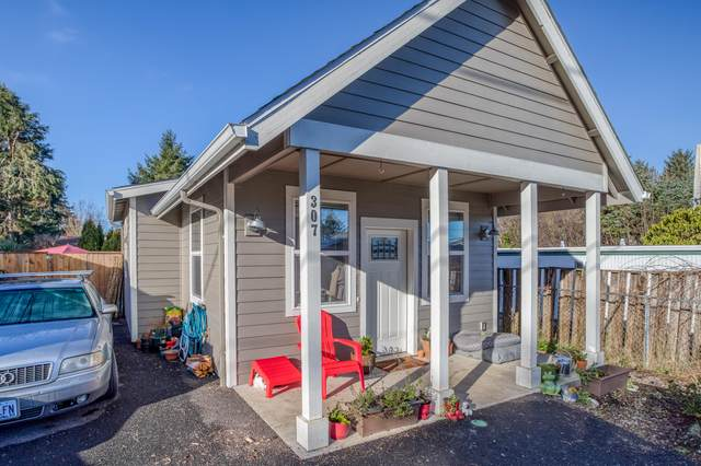307 SE Reef Avenue, Lincoln City, OR 97367 (MLS #220134342) :: Berkshire Hathaway HomeServices Northwest Real Estate
