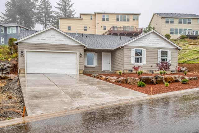 4236 SE Jetty Avenue, Lincoln City, OR 97367 (MLS #220134353) :: The Ladd Group