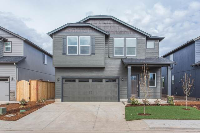 3371 NW 9th Street, Redmond, OR 97756 (MLS #220134380) :: Central Oregon Home Pros