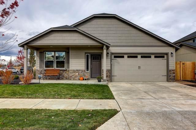 3683 SW Pumice Avenue, Redmond, OR 97756 (MLS #220134485) :: Coldwell Banker Bain