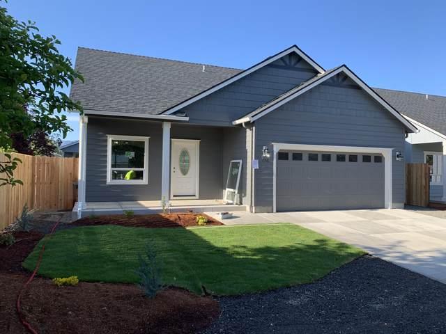 856 Nicholas Lee Drive, Medford, OR 97501 (MLS #103012464) :: CENTURY 21 Lifestyles Realty
