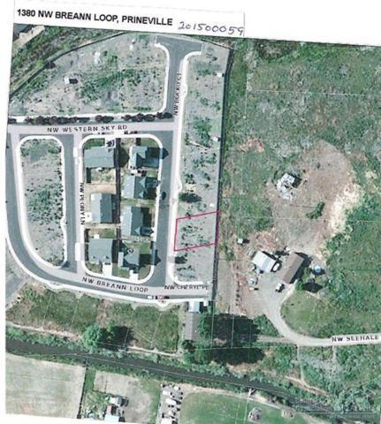 1380 NW Breann Loop, Prineville, OR 97754 (MLS #201500059) :: Birtola Garmyn High Desert Realty
