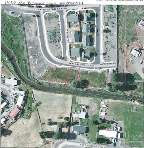 1420 NW Breann Loop, Prineville, OR 97754 (MLS #201500061) :: Birtola Garmyn High Desert Realty