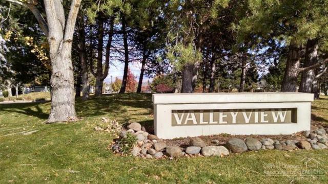 2334 SW Valleyview Drive, Redmond, OR 97756 (MLS #201510729) :: Birtola Garmyn High Desert Realty