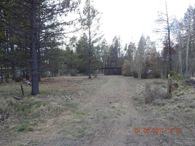 52549 Antler Lane, La Pine, OR 97739 (MLS #201702370) :: Birtola Garmyn High Desert Realty