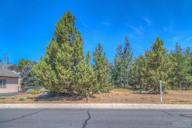 4345 SW Ben Hogan Drive, Redmond, OR 97756 (MLS #201702669) :: Birtola Garmyn High Desert Realty