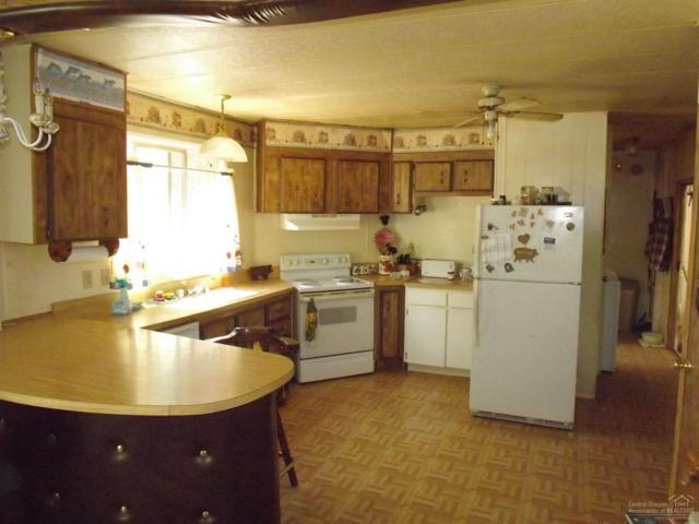 15970 Falcon Lane, La Pine, OR 97739 (MLS #201704712) :: Birtola Garmyn High Desert Realty