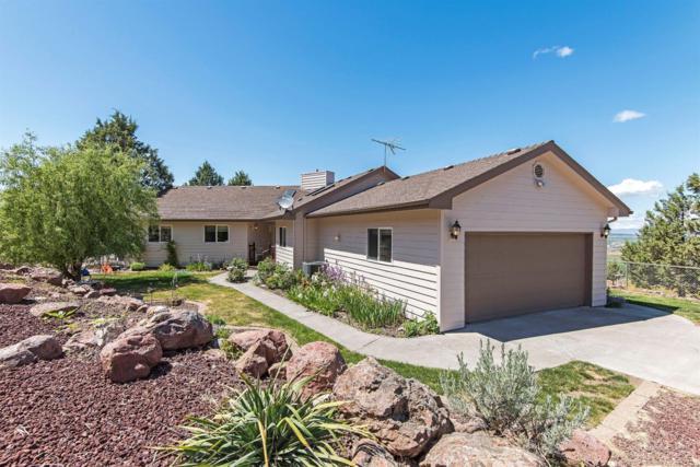 4205 SW Smith Lane, Culver, OR 97734 (MLS #201705180) :: Birtola Garmyn High Desert Realty