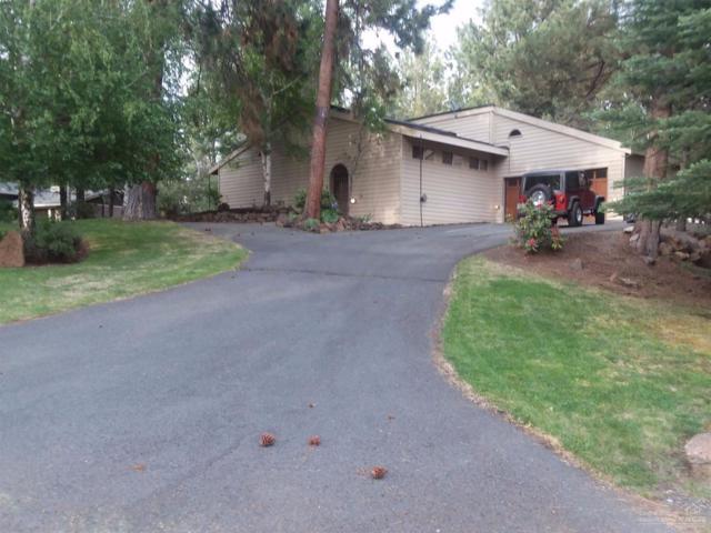 61252 Chikamin Drive, Bend, OR 97702 (MLS #201705566) :: Birtola Garmyn High Desert Realty