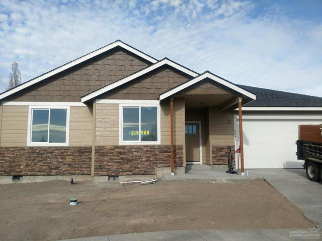 2440 NW 9th Court, Redmond, OR 97756 (MLS #201710688) :: Pam Mayo-Phillips & Brook Havens with Cascade Sotheby's International Realty