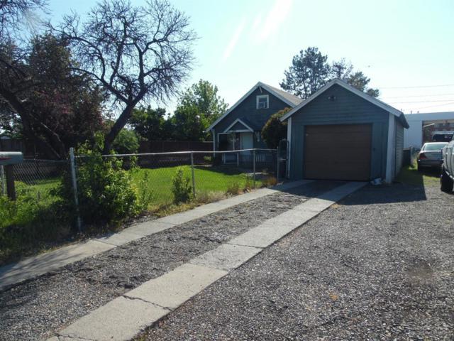 533 SW 4th Street, Redmond, OR 97756 (MLS #201801139) :: Windermere Central Oregon Real Estate