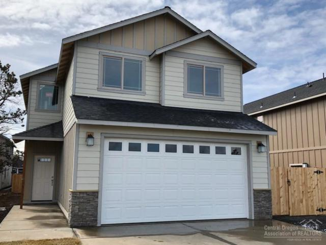 3022 NW Boxelder Avenue, Redmond, OR 97756 (MLS #201801700) :: The Ladd Group