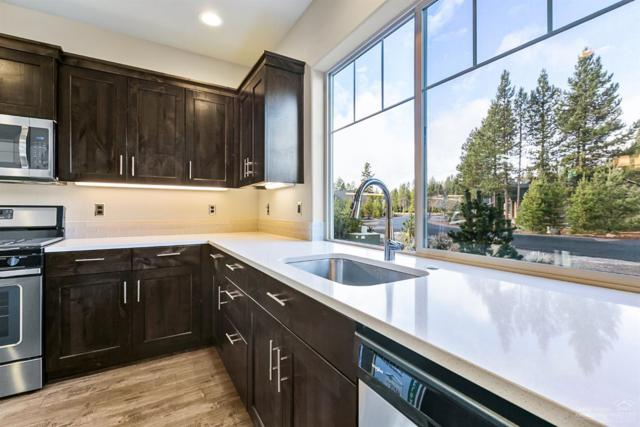 51832 Hollinshead Place, La Pine, OR 97739 (MLS #201802046) :: The Ladd Group