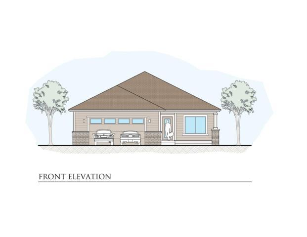 923 NW Oak Avenue, Redmond, OR 97756 (MLS #201803957) :: Premiere Property Group, LLC