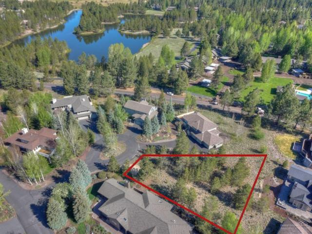 19 Muir Court, Sunriver, OR 97707 (MLS #201804902) :: Pam Mayo-Phillips & Brook Havens with Cascade Sotheby's International Realty