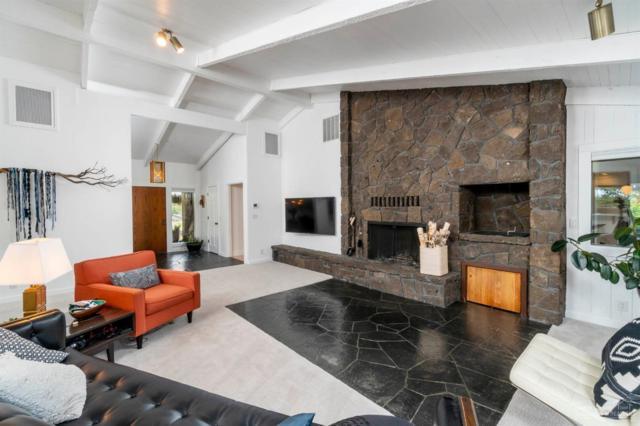 60443 Woodside Loop, Bend, OR 97702 (MLS #201805088) :: Windermere Central Oregon Real Estate